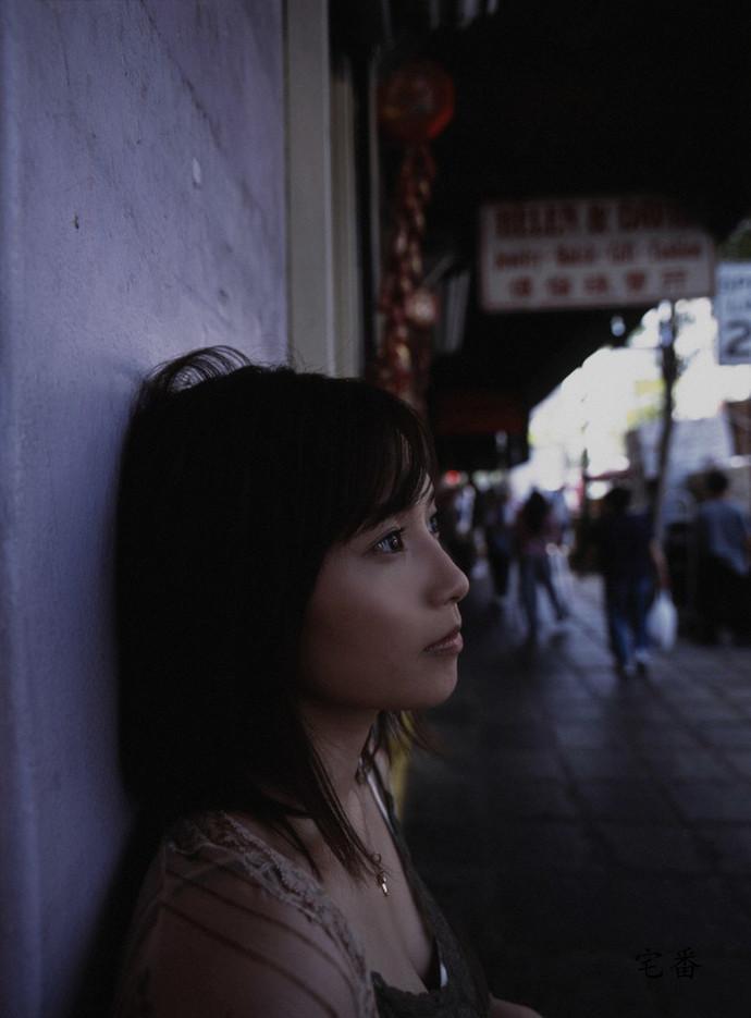 究极童颜的早安少女偶像安倍夏美写真作品图片