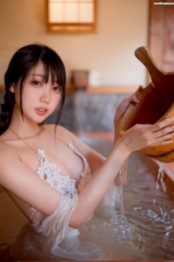 周叽是可爱兔兔 - 温泉女友 (2)