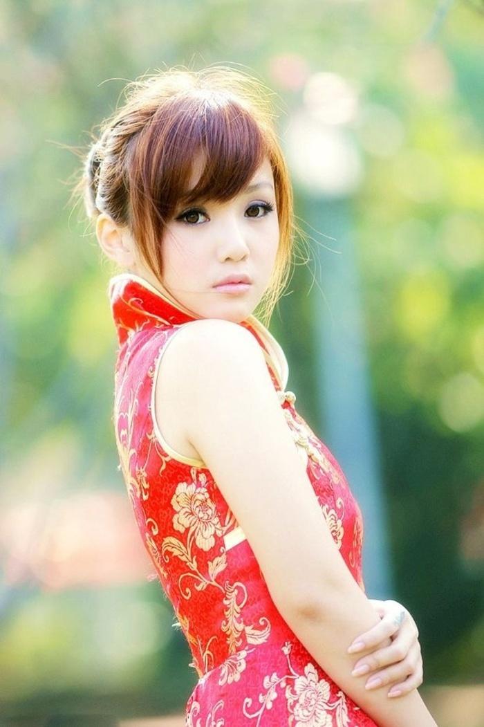 漂亮的旗袍女孩 君君靓丽写真照片