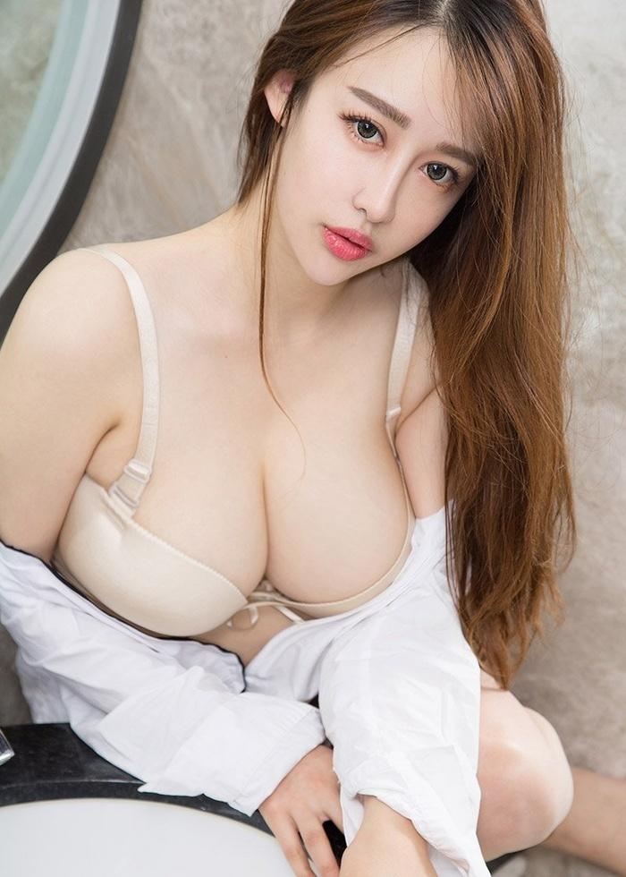 香艳性感内衣美女丰臀巨乳风情万种艺术照