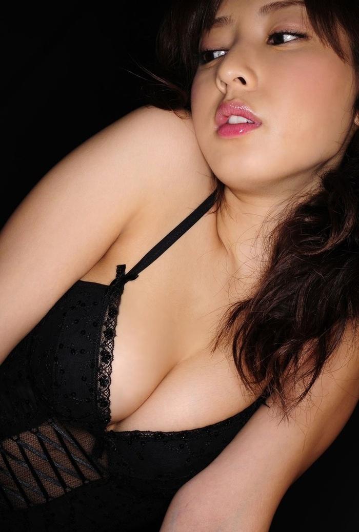 日本少妇池田夏希妩媚人体艺术图片