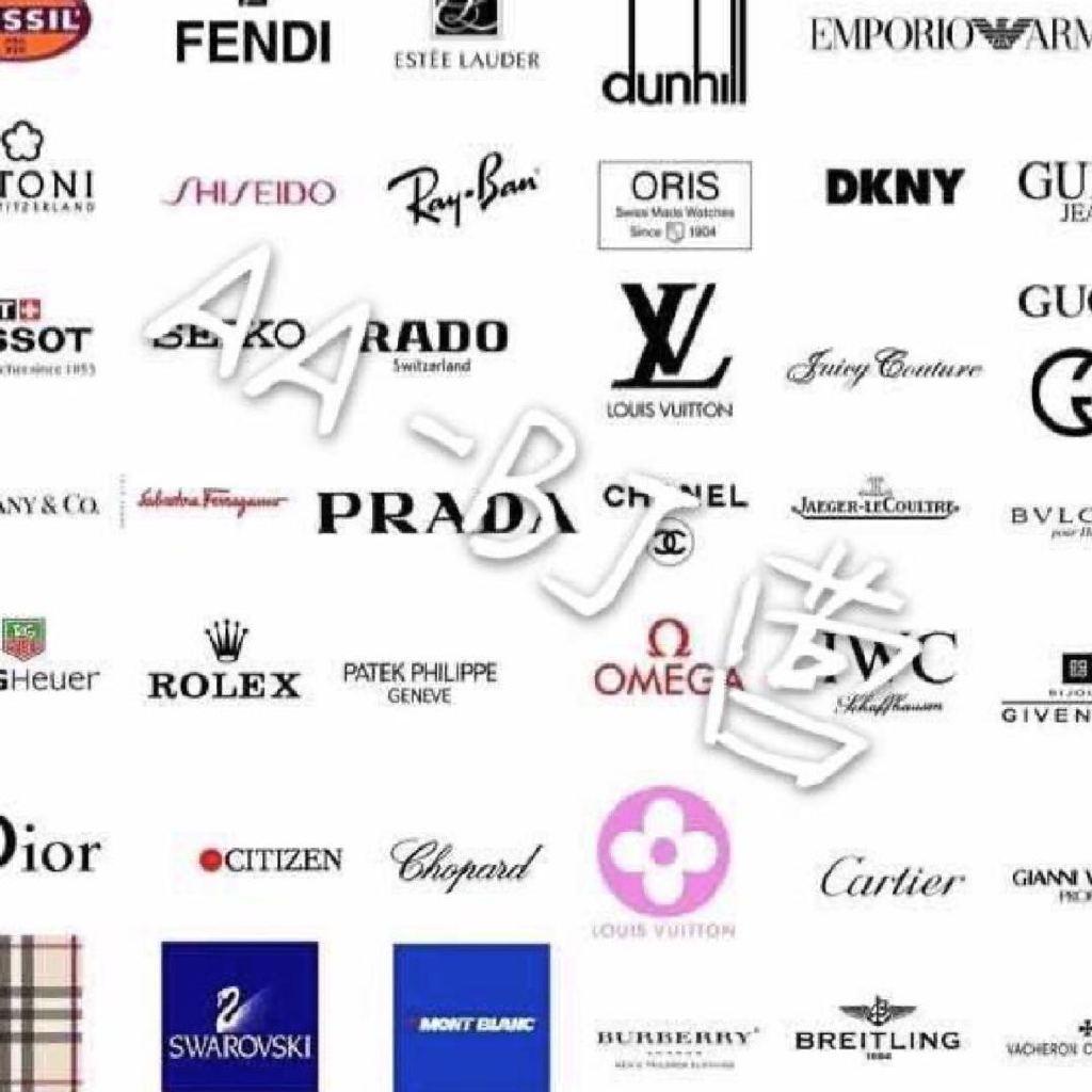 只作好质量高端品质 咨询V微FBJ444    经营:样样精通 hermes gucci 香奈儿 克罗伊drew 圣罗兰 巴宝莉 包包   手表   衣服   鞋子   各类奢侈品。