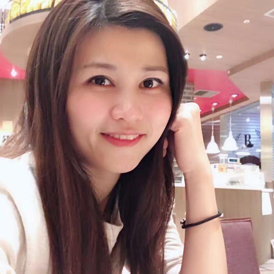 我是一名业余日本在住代购,大家需要购买的话请联系娜娜的微信号:sophiagina0930