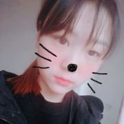 朴信惠的小姐姐微博照片