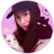 刘亦菲的怀中猫微博照片