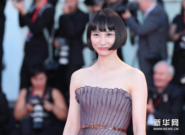 《兰心大剧院》-电影百度云网盘【1080P已更新】中字资源已完结