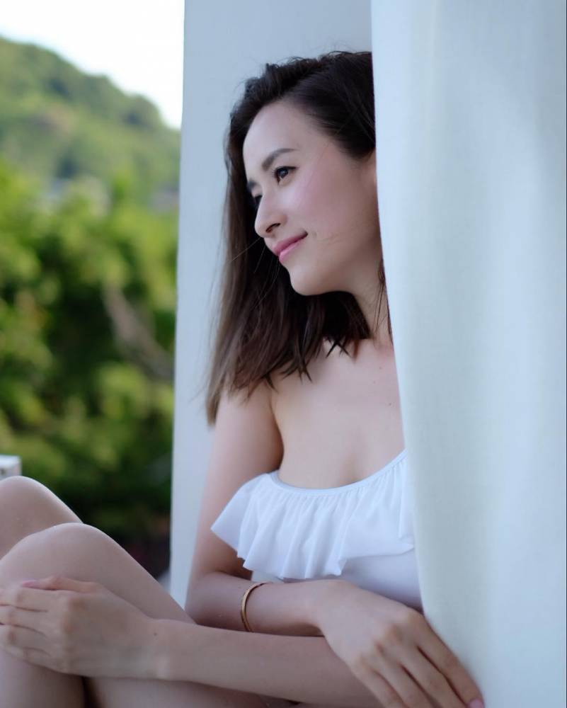 16年来默默耕耘的沈卓盈宣布离开TVB,被网友怀疑是为了结婚!插图5