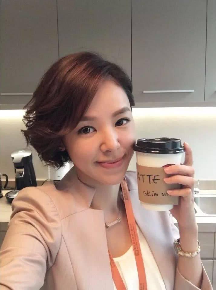 在《大帅哥》饰演日本间谍的她,居然是日本音乐教父的徒弟?插图4