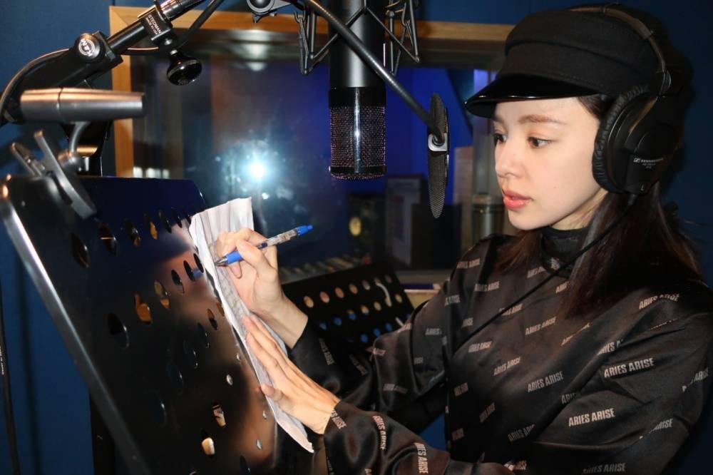 在《大帅哥》饰演日本间谍的她,居然是日本音乐教父的徒弟?插图9
