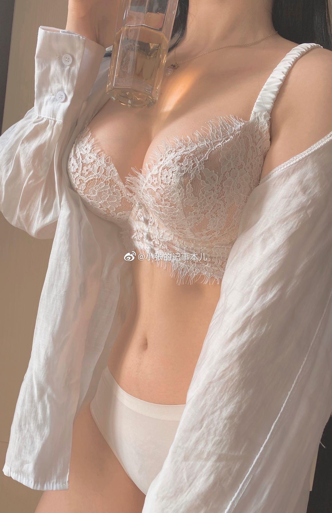 身材一流的@小张的记事本儿 3套私房内衣诱惑 www.coserba.com COSE吧整理发布