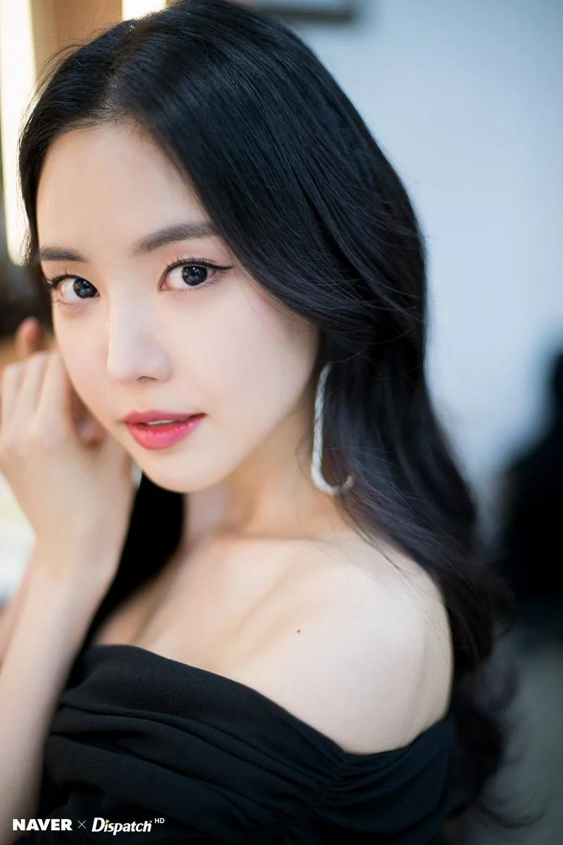 """这8位拥有""""陶瓷皮肤""""的韩国女偶像,让粉丝超羡慕插图8"""