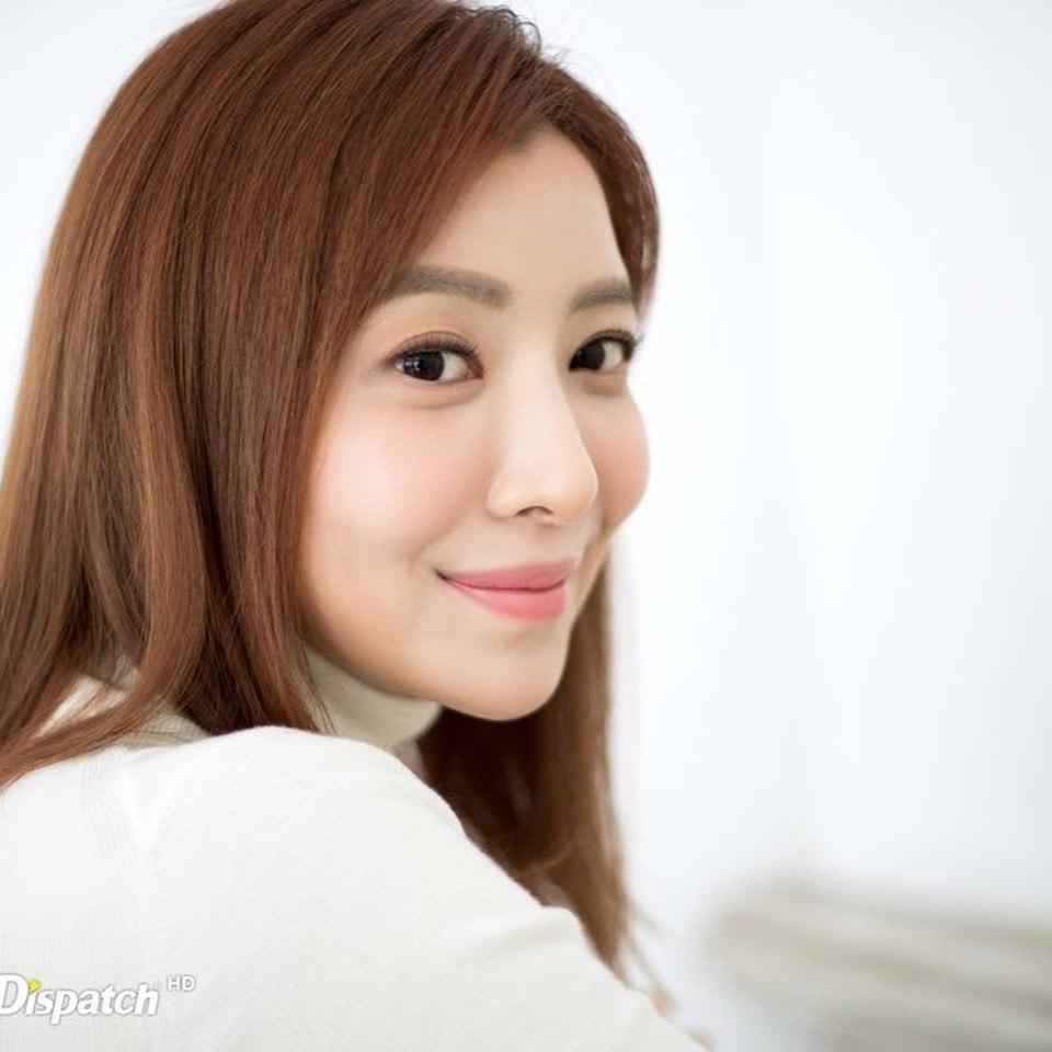 韩国冻龄美女演员当道!除了《夫妻的世界》金喜爱外还有她们!插图(5)