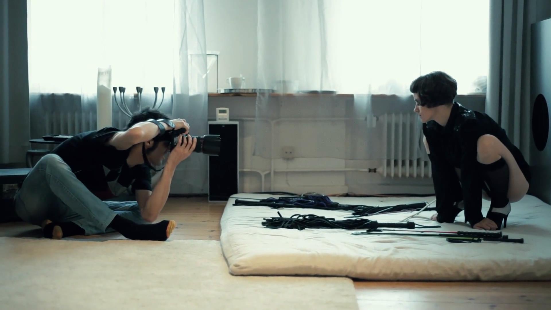 【圈子】《愉虐秘境》德意志俱乐部纪录片