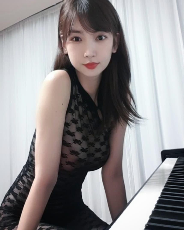 """还记得那个YouTube上爆钢琴网美""""이지영""""吗?插图2"""