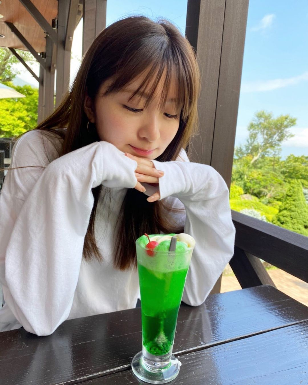 日系时尚杂志模特冈崎纱绘清甜笑容亲和力十足完全就是女友理想型 网络美女 第15张