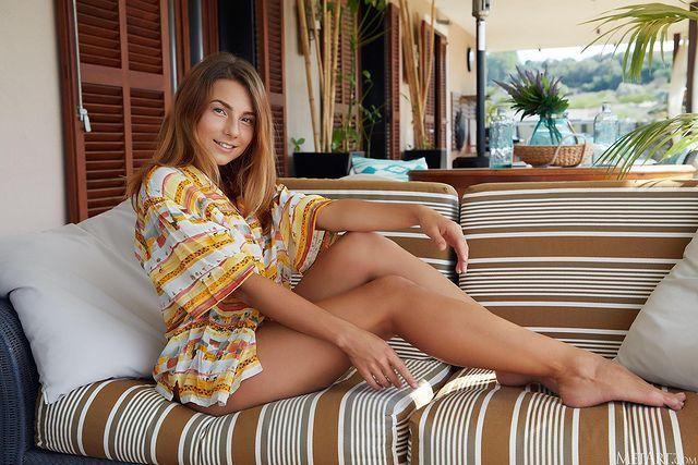 模特《Belka》乌克兰美女甜笑好身材!-新图包