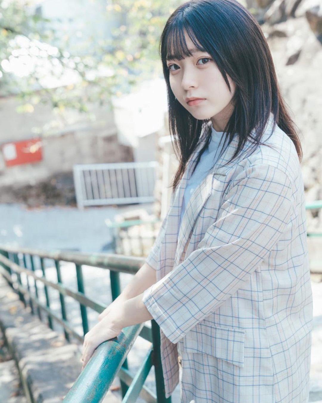 17岁仙女高中生瀬戸りつ绝美长相激似IU 全身散发空灵气质美到有点不真实 养眼图片 第31张