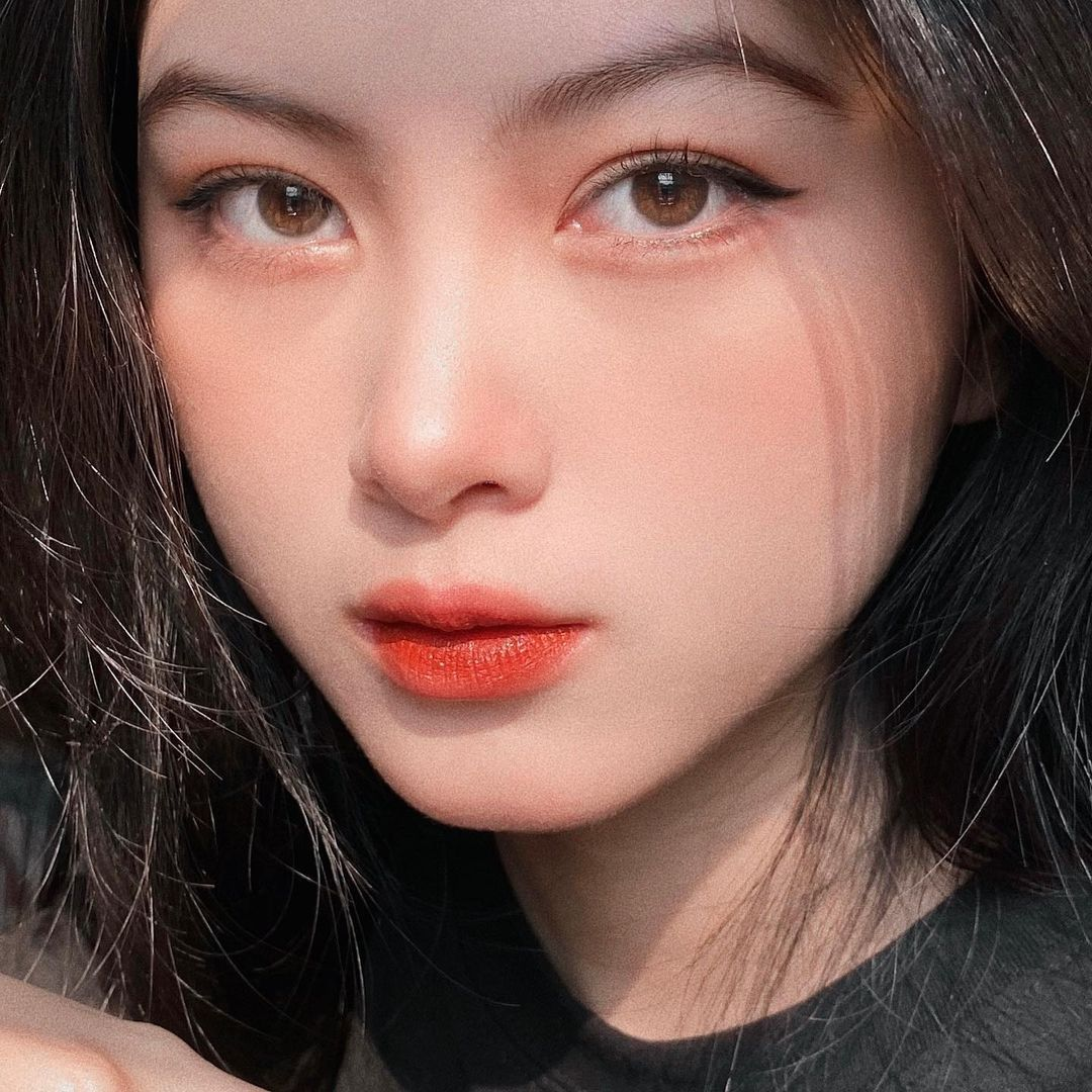 [人物]清纯越南妹子「Leely」辣穿奥黛,让人不被她掳获都不行啊. 养眼图片 第19张
