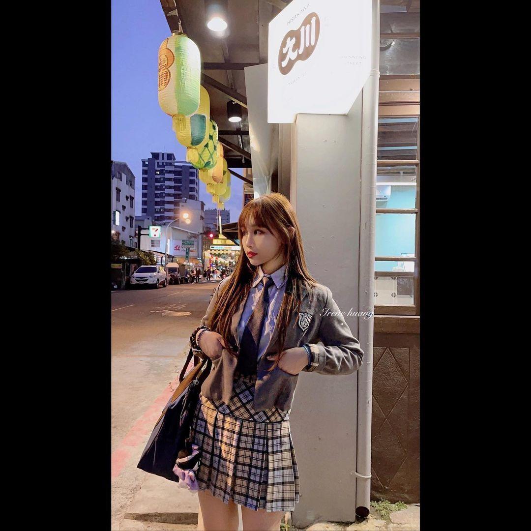 师范大学甜美美女「IreneHuang」玲珑有致好身材 养眼图片 第6张