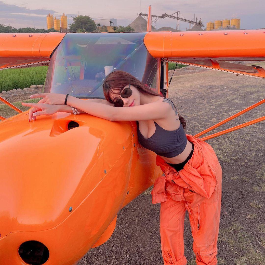 轻航机美女飞行员「莉亚liya」启航绝美御姐霸气满分 网络美女 第6张