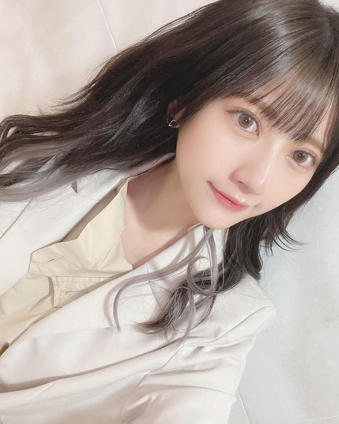 偶像团体HKT48成员「山田麻莉奈」,初恋系女友诠释得淋漓尽致