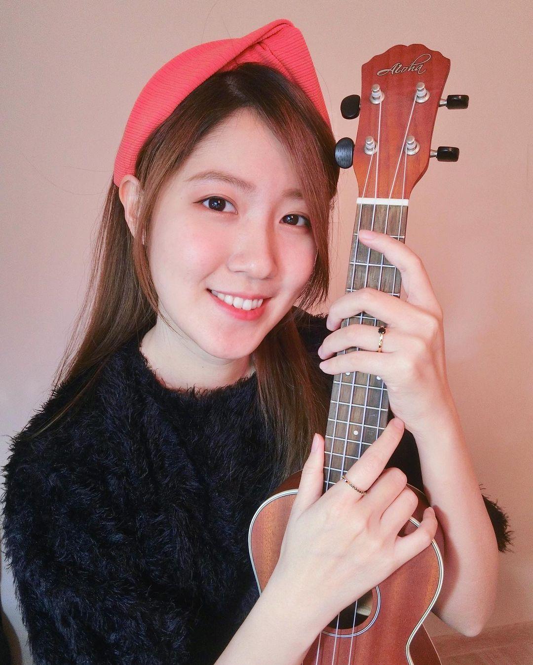 正妹音乐老师「玫哟」太甜美要补习英文也可以喔!-新图包