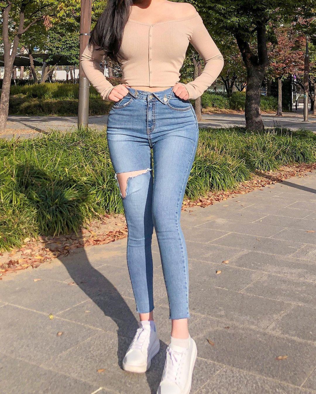清凉穿着自己卖 [韩国泳衣阙娘Yebin]亲自试穿性感度满点 养眼图片 第24张