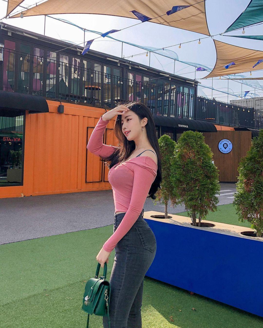 清凉穿着自己卖 [韩国泳衣阙娘Yebin]亲自试穿性感度满点 养眼图片 第8张