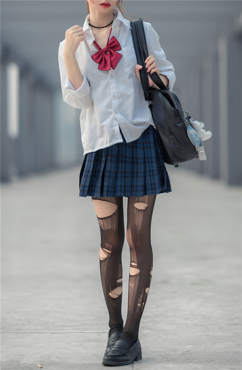 DIC-068 暑假最强美少女Toa把学长打到全身不能动