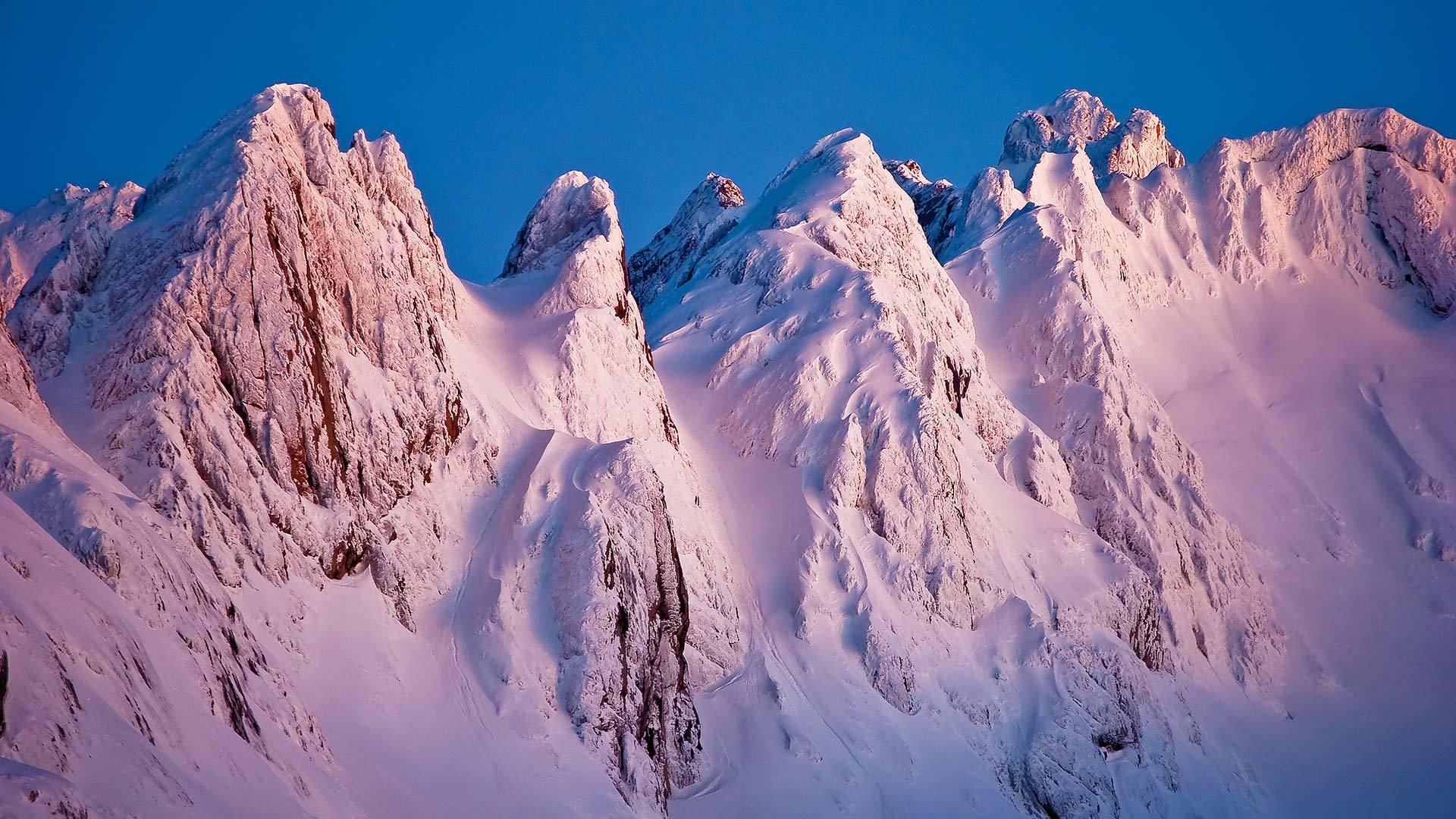 欧罗巴山Los Argaos山脉上的日落Los Argaos山脉