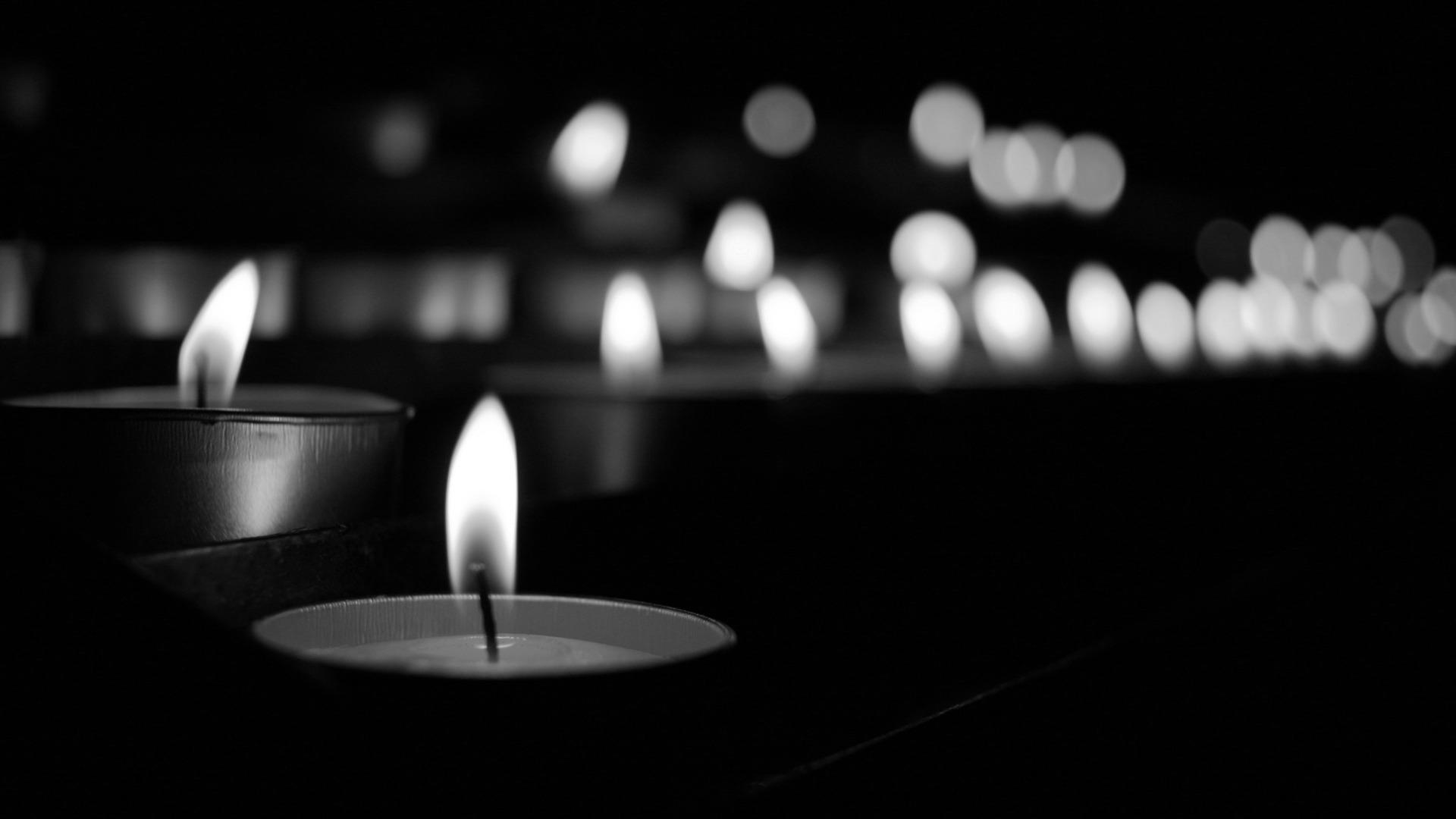 【今日清明】哀悼为抗击新冠肺炎牺牲的烈士和逝世的同胞清明哀悼