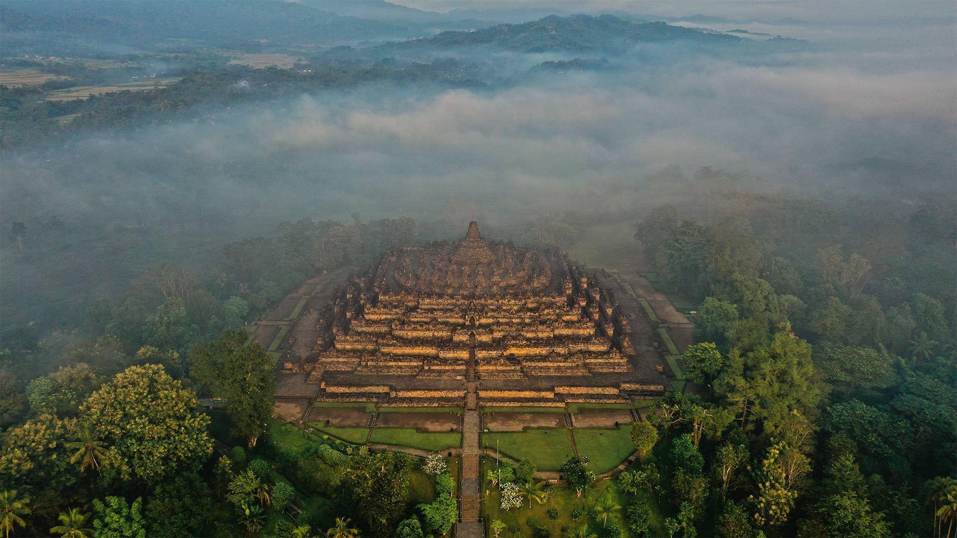 中爪哇省的婆罗浮屠婆罗浮屠