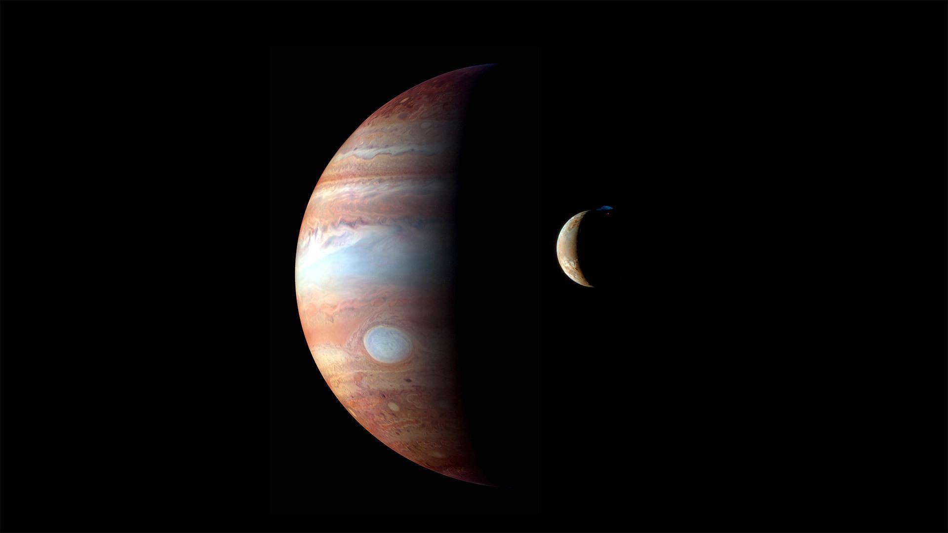木星及木卫一的蒙太奇图像  木星