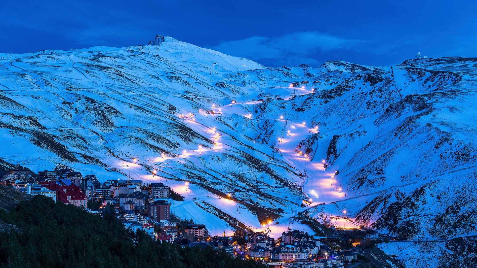 Pradollano滑雪站内华达山脉国家公园