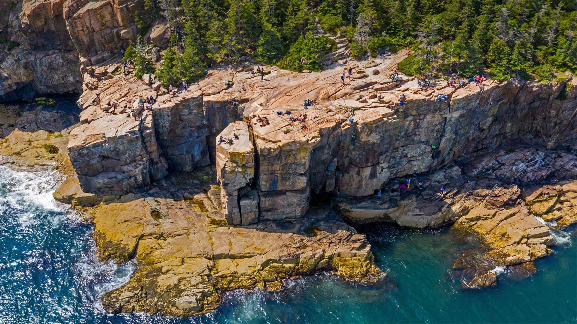 阿卡迪亚国家公园里的水獭悬崖阿卡迪亚国家公园