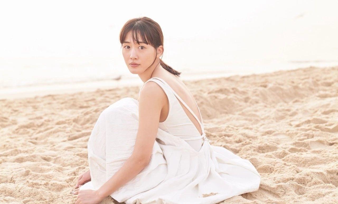 国民演员绫濑遥挑战他人不敢触碰的争议话题而圈粉无数 (10)