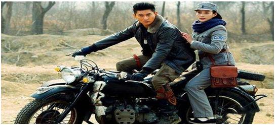 电影《八百》不仅仅是描述了一场战斗更是我党可以领导中华民族走向伟大的缩影 (2)