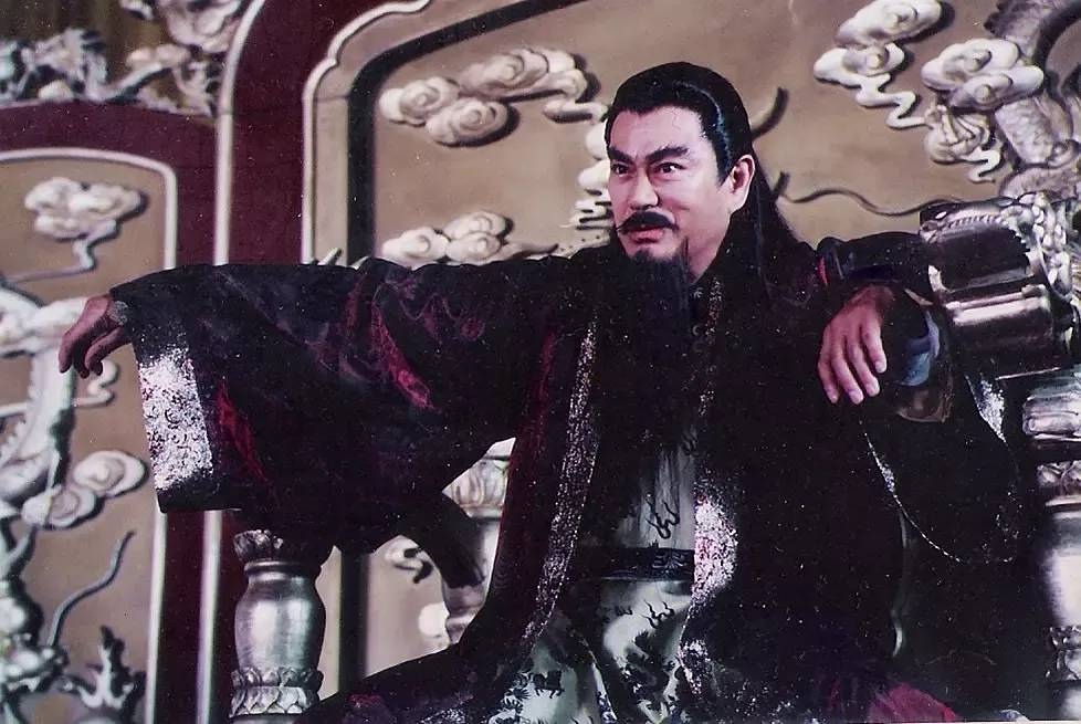 《风云雄霸天下》中大反派雄霸的扮演者千叶真一因为新冠肺炎而去世 (1)