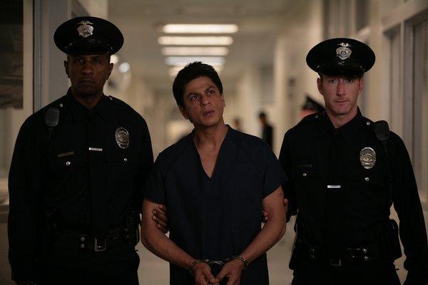 电影《我的名字叫可汗》My Name Is Khan回教徒并非都是好战分子也有虔诚的信仰 (7)
