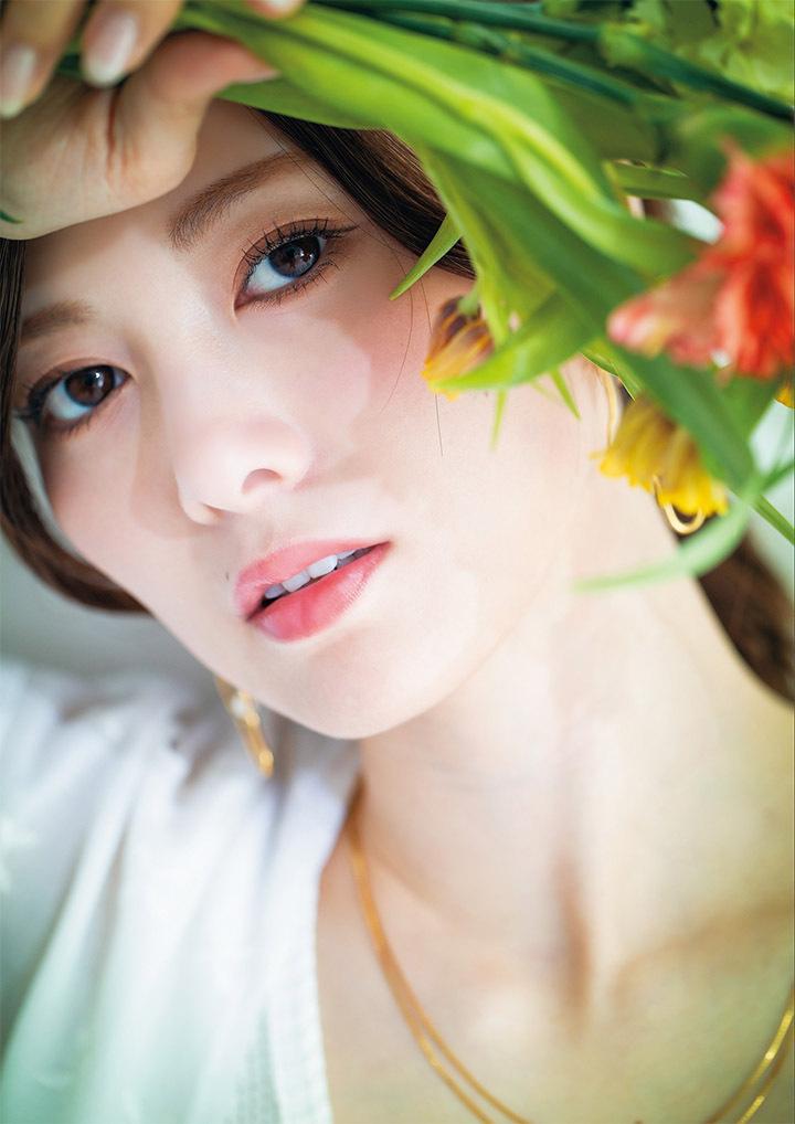 职业模特白石麻衣写真作品登上时尚杂志于国际大牌通力合作 (17)