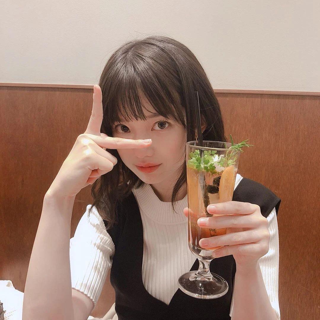 永远一张娃娃脸的棉花糖女孩弘中绫香写真作品 (18)