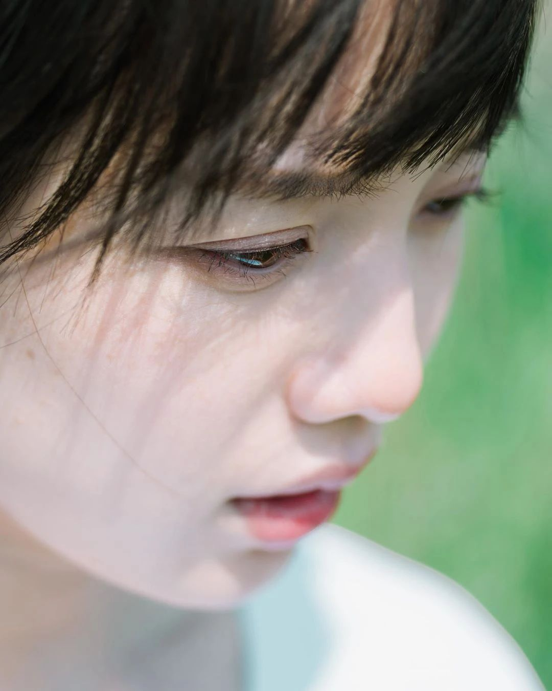 永远一张娃娃脸的棉花糖女孩弘中绫香写真作品 (55)
