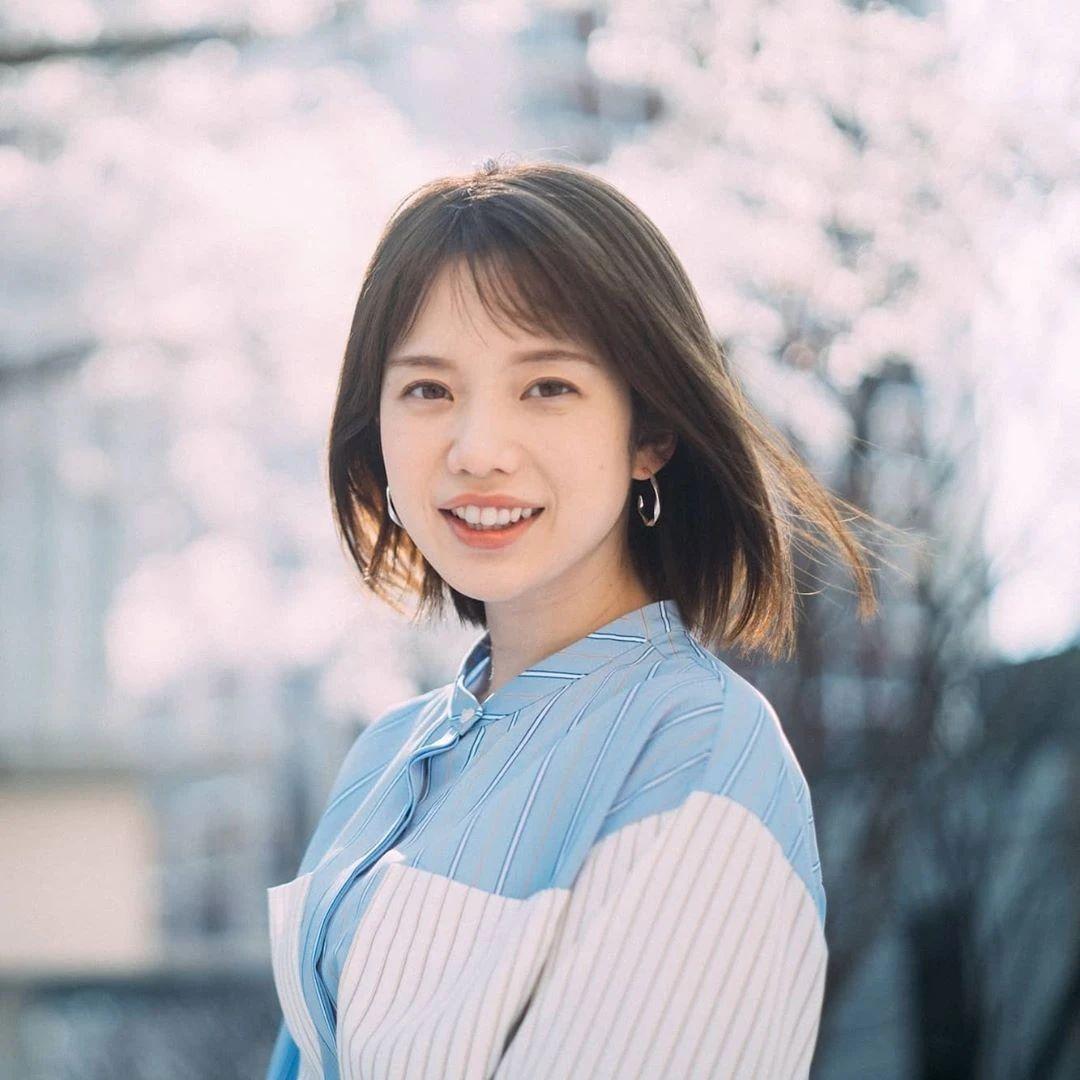 永远一张娃娃脸的棉花糖女孩弘中绫香写真作品 (74)