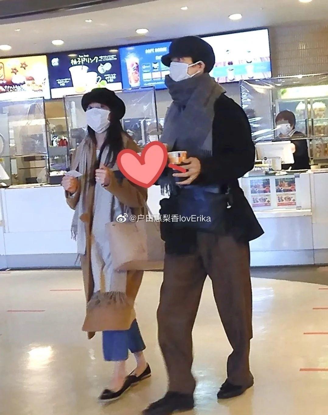 户田惠梨香和丈夫松坂桃李婚后生活甜蜜幸福让众人羡慕不已 (9)