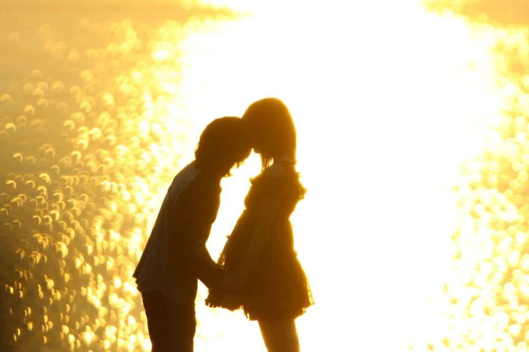 日本悬疑电影《告白》一个失去女儿的老师对凶手的杀人诛心 (4)