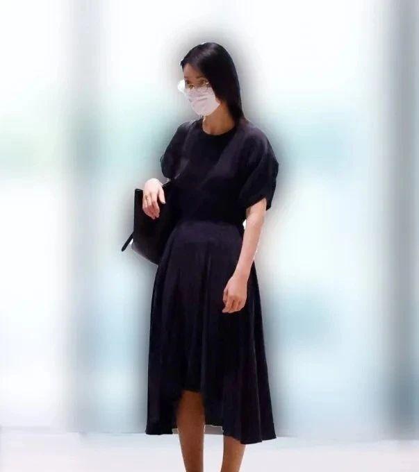 美女主播小川彩佳离婚有望分到10亿日元赔偿金,有没有很意外 (8)