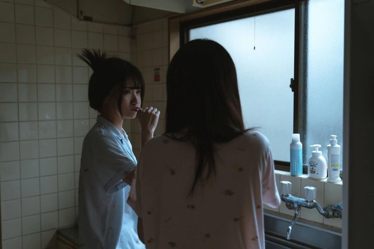 B站UP主果哝双子让你们享受双倍的美好双倍的快乐 (10)