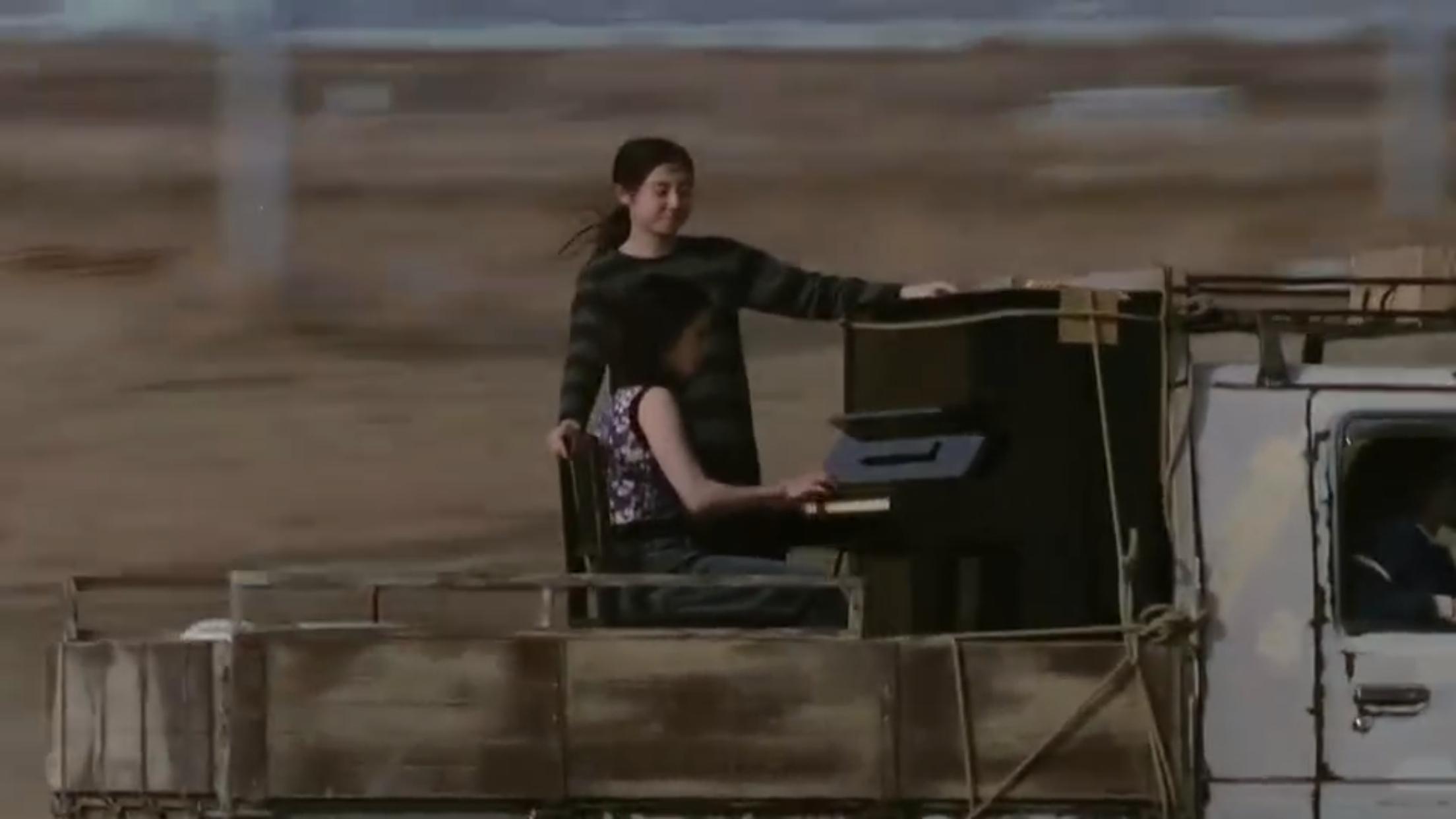 电影《燕尾蝶》中女主的改变纠结是人性深处的显露还是生活带来的压制 (1)