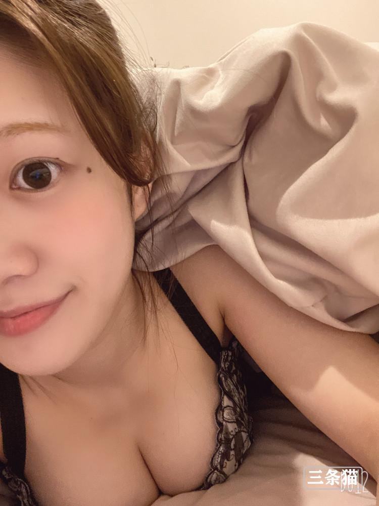 有贺美奈穗(有贺みなほ)个人简介,近期生活照片超美 作品推荐 第1张