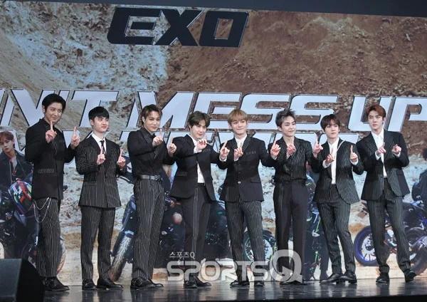 EXO新专辑发布会D.O.吻戏成了讨论热点,成员表示吓到了插图1